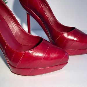9b4f9deffc7 Yves Saint Laurent Shoes - 🎉HP🎉 Yves Saint Laurent Eel Divine Platform